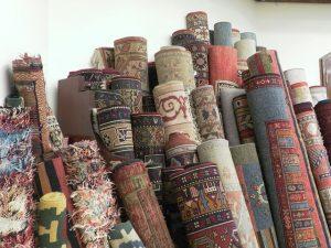 Hedvábný koberec